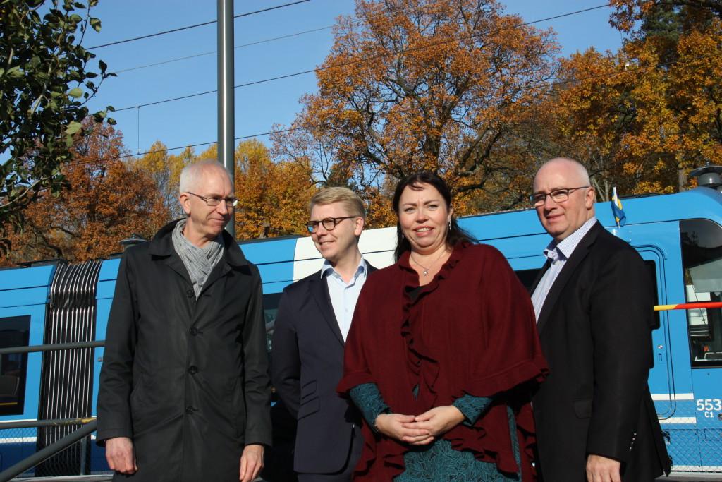 Tjänstemän, landstings- och kommunalpolitiker samlade